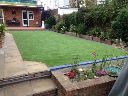 Driscolls-namgrass-vision-artificial-lawn-hayling-island-3