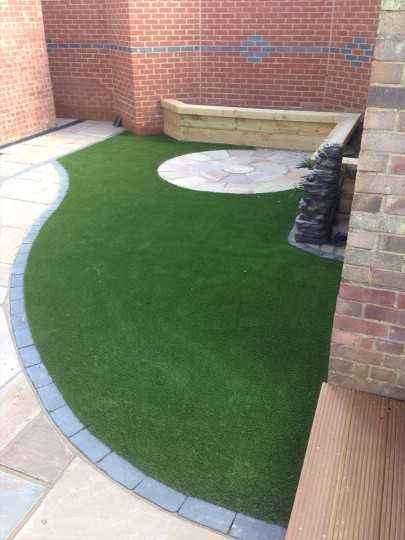 hunts-namgrass-elise-artificial-lawn-guildford-2